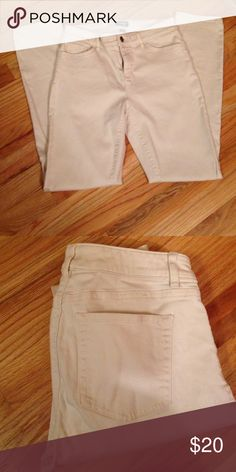 American Living creme jeans. Creme straight leg jeans. No marks or stains. American Living Jeans Straight Leg
