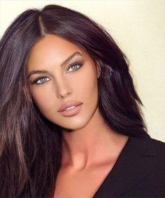 Most Beautiful Faces, Stunning Eyes, Gorgeous Women, Brunette Beauty, Brunette Hair, Hair Beauty, Girl Face, Woman Face, Angelina Jolie Face