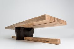 Timber Furniture, Woodworking Furniture, Unique Furniture, Industrial Furniture, Furniture Projects, Wood Projects, Diy Furniture, Furniture Design, Timber Table