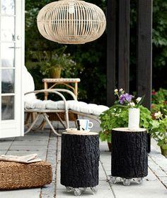 Gør det selv: Fra træstub til smart bord - Hendes Verden - DIY tree stump tables on wheels