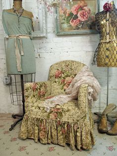 shabby chic..love this, look at the floor also...I love the English, French, look