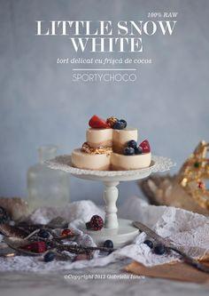 Little snow white - tort delicat cu frișcă de cocos