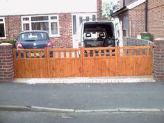 wooden driveway entrance cottage style gates bi-fold 4'x10' (any size) style 3 | eBay