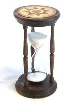 Marquette Hourglass