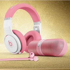 "Nicki Minaj Beats Headphones | in the Trap"" rapper's new Beats By Dre ""Pink Pro"" headphones ..."