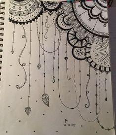 doodle art & doodle art & doodle art journals & doodle art for beginners & doodle art easy & doodle art drawing & doodle art patterns & doodle art creative & doodle art cute Mandala Doodle, Easy Mandala Drawing, Mandala Art Lesson, Mandala Artwork, Easy Doodle Art, Doodle Art Designs, Doodle Art Drawing, Pencil Art Drawings, Art Drawings Sketches Simple