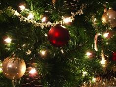 De ruina mundi: In cocci le palle dell'albero di Natale