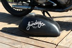 Painted Signs, Motorbikes, Motorcycle, Graphics, Logo, Painting, Ideas, Logos, Graphic Design