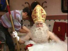 Dag Sinterklaas (aflevering 2) - De attributen van Sinterklaas http://digibordonderbouw.nl/index.php/themas/sinterklaas/groep1/dag
