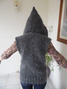 Pull poncho à large col capuche enveloppant, réalisé en laine mohair gris foncé : Pulls, gilets par annbcreation