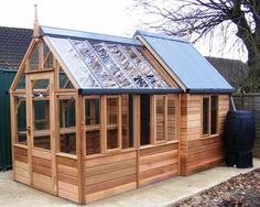 Shed-greenhouse combination – might also be a good design for a greenhouse with attached chicken coop. Shed-greenhouse combination – might also be a good design for a greenhouse with attached chicken coop. Wood Shed Plans, Shed Building Plans, Building A Chicken Coop, Barn Plans, Garage Plans, Greenhouse Plans, Greenhouse Gardening, Shed With Greenhouse, Cheap Greenhouse