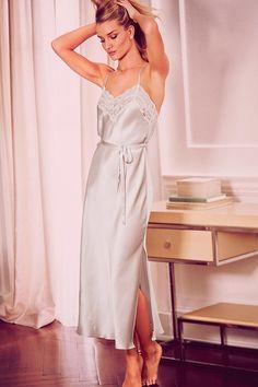 Nightwear - Pure Silk Floral Lace Long Nightdress - Most Pin Lingerie Look, Lingerie Vintage, Jolie Lingerie, Lingerie Outfits, Pretty Lingerie, Bridal Lingerie, Women Lingerie, Cute Sleepwear, Sleepwear Women