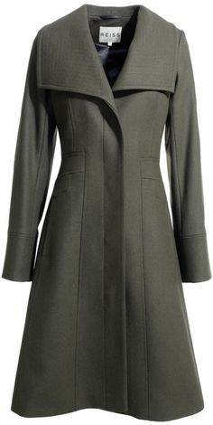Reis Angel coat (AW10 collection) - not EVEN gonna click to check the price... I already know I cannot afford it