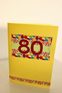 Completa tu regalo con una tarjeta hecha a mano, el detalle perfecto para que el cumpleañero no olvide ese día tan especial.  #sweetnblue #cumpleaños #aniversari #fiesta #tarjeta #postal #handmade #hechoamano #scrap #scrapbooking #felicidades www.facebook.com/sweetnblue6