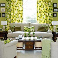 Bem estar! Refrescancia e luminosidade, essas são as principais sensações que a cor verde pode proporcionar. Combine-a com tons claros, como bege e branco e crie um ambiente original e aconchegante, ideal para a sala de estar. #home #decoração