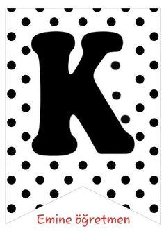 Emine öğretmen KISA BİR MOLA SONRASI MERHABA YAZISI HARFLERİ Black Picture, Happy B Day, Safari, Origami, Mickey Mouse, Banner, Printables, Symbols, Lettering