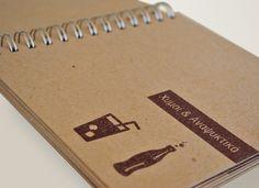Μενού με πολύ χοντρά φύλλα ανακυκλωμένο χαρτί σε φυσικό χρώμα, λαμιναρισμένα διπλά εξώφυλλα και βιβλιοδεσία σπιράλ. Κατασκευή που σχεδιάστηκε και εκτελέστηκε από την Aldigron και χρηματοδότησε η Nestle Hellas. Notebook, Graphic Design, The Notebook, Visual Communication, Exercise Book, Notebooks