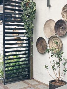 Steep Gardens, Back Gardens, Outdoor Gardens, Garden Trellis, Balcony Garden, Outside Living, Outdoor Living, Patio Interior, Garden Deco