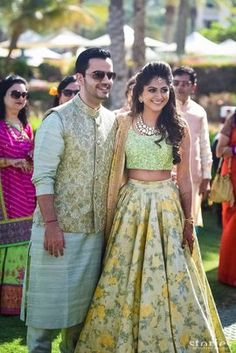Latest Collection of Lehenga Choli Designs in the gallery. Lehenga Designs from India's Top Online Shopping Sites. Engagement Dress For Bride, Couple Wedding Dress, Wedding Dresses Men Indian, Indian Dresses, Indian Outfits, Indian Engagement Outfit, Engagement Outfits, Wedding Wear, Wedding Bells