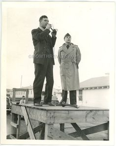 WWII PHOTO GA Camp Wheeler Boxer Champ Fighter James Braddock Addresses Troops