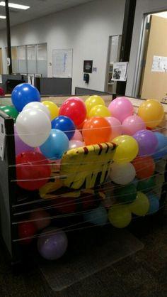 Office birthday balloon prank Birthday Pranks, Office Birthday, Birthday Treats, 60th Birthday, Birthday Celebration, Happy Birthday, Office Jokes, Office Prank, Office Fun