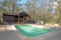 Cabins on Hermitage, a Hunter Valley 1x4r 4x2br s/c bush cabins | Stayz