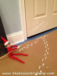 Elf Leaves Tiny Footprints - THE ultimate collection of Elf on the Shelf Ideas! Looking for new ideas for your elf on the shelf? Check out the best list of easy Elf on the Shelf ideas. There are hundreds of ideas with pictures! Printable Christmas Cards, Christmas Greeting Cards, Christmas Elf, All Things Christmas, Christmas Games, Christmas Ideas, Elf Ideas Easy, Bad Elf, Elf On The Self