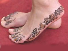 Henna Feet/ instead of shoes brides maids can get henna tattoos