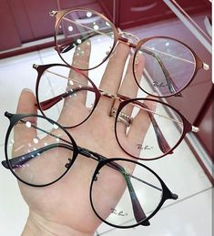 Ropa Tutorial and Ideas Glasses Frames Trendy, Fake Glasses, Round Lens Sunglasses, Sunglasses Women, Glasses Trends, Lunette Style, Fashion Eye Glasses, Womens Glasses, Sunglass Frames