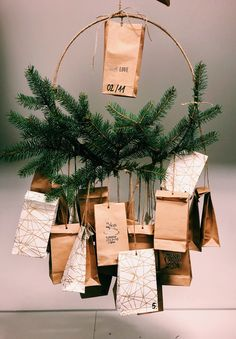 Diy And Crafts, Gift Wrapping, Gifts, Paper Wrapping, Wrapping Gifts, Gift Packaging, Favors, Presents, Gift