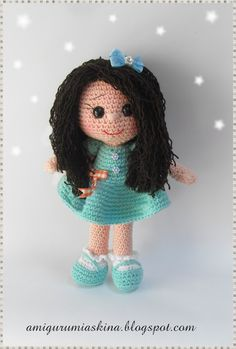 Amigurumi Askina Yilbasi Bebegi : 1000+ images about Crochet Dolls on Pinterest Amigurumi ...