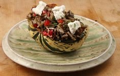 Gluten Free Stuffed Sweet Dumpling Squash with Pomegranates and Goat Cheese by Early Morning Farm Sweet Dumpling Squash, Sweet Dumplings, Entree Recipes, Dinner Recipes, Dessert Recipes, Vegetable Side Dishes, Vegetable Recipes, Vegan Vegetarian, Vegetarian Recipes
