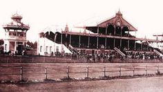 Hipódromo de Maroñas mucho tiempo atrás. El hipódromo fue inaugurado oficialmente el 3 de febrero de 1889 por el Jockey Club de Montevideo. Montevideo, Uruguay.