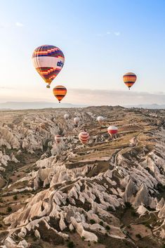 See Cappadocia from a bird's eye in a hot air balloon ride. One of 8 great destinations where taking a hot air balloon is worth the time and money- check out our favorites in Chile, Mexico, and California. Balloons Photography, World Photography, Air Balloon Rides, Hot Air Balloon, Beautiful Wallpapers For Iphone, Iphone Wallpapers, Turkey Destinations, Balloon Pictures, Tourism Day
