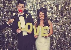 14 unique photobooth backdrop ideas for awesome wedding day photos! - Wedding Party: