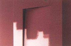 Conoscete la finitura 'wall finished'? E' una particolare verniciatura che permette, a radiatore installato, di utilizzare colori e fantasie personalizzate uguali sulla parete e sul radiatore: il corpo scaldante diventa così parte integrante dell'ambiente fondendosi con la parete!    The 'Wall finished' finish is a particular paint that allows, once the radiator has been installed, to use the same color both on the wall and on the radiator: the heating system becomes completely part