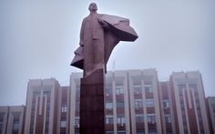 Trans Dniestr - A statue of Lenin in front of the Transnistrian government building