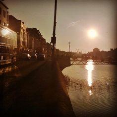 Razorlight #sunset #sun #liffey #milleniumbridge #bridge #dublin #summer #ireland #cloudless #sky