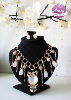 Collar con amuleto de búho dorado y cuarzos. #wire #alambrismo