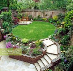 Simple to utilize Garden Planner is a simple to use garden and landscaping design tool. 61 Small Garden Design Ideas With Awesome Design Garden Circular Garden Design, Circular Lawn, Curved Patio, Small Garden Design, Raised Patio, Raised Beds, Small Garden Ideas With Lawn, Sunken Patio, Yard Design