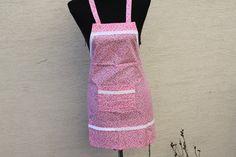 Schürzen - Kinder Schürze Kochen Backen Küche rosa weiß Spitz - ein Designerstück von trixies-zauberhafte-Welten bei DaWanda