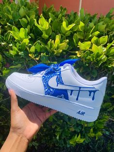 Nike Shoes Blue, Nike Air Shoes, Nike Free Shoes, Custom Sneakers, Custom Shoes, Air Force One Shoes, Shoes Wallpaper, Swag Shoes, Aesthetic Shoes