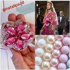 Представляю вашему вниманию мою дорогую @natalipazd Все ее дизайнерские творения оригинальны и изысканны. А ещё Наталья проводит интересные мастерклассы. Заходите на ее старичку, подюбопытствуйте ______________________________________________ Dress by #DG #капля #Swarovski #crystal#родий#emerald #ателье #сваровски #фешен #камни #танцы #гоугоу #вышивка #заказ #украшения #jewelry #jewel #fashion #color #swarovskicrystal #podium #model #studio #atelier #Москва #Новосибирск #Спб #гламур #...
