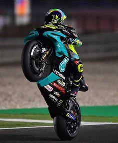Yamaha Logo, Yamaha Yzf R, Yamaha Motorbikes, Ducati, Motogp Valentino Rossi, Valentino Rossi 46, Bike Pic, Bike Photoshoot, Motorcycle Wallpaper