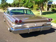 1960 Pontiac Star Chief 4-Door