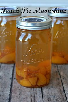 Pie Moonshine A delicious and easy recipe to make Peach Pie Moonshine. It tastes just like peach pie or cobbler!A delicious and easy recipe to make Peach Pie Moonshine. It tastes just like peach pie or cobbler! Party Drinks, Cocktail Drinks, Fun Drinks, Alcoholic Drinks, Beverages, Cocktail Recipes, Alcohol Recipes, Canning Recipes, Peach Pie Moonshine