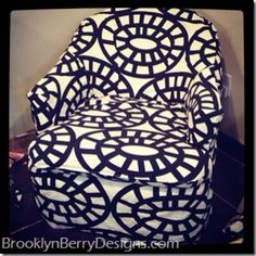 How to slipcover a chair via @Guidecentral - DIY & Crafts - Visit www.guidecentr.al for more #DIY #tutorials