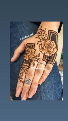 Indian Henna Designs, Mehndi Designs For Kids, Rose Mehndi Designs, Back Hand Mehndi Designs, Stylish Mehndi Designs, Henna Art Designs, Mehndi Designs For Beginners, Wedding Mehndi Designs, Dulhan Mehndi Designs