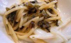 「いかと高菜の炒め物」高菜のシャキシャキ感が楽しめる炒め物。【楽天レシピ】