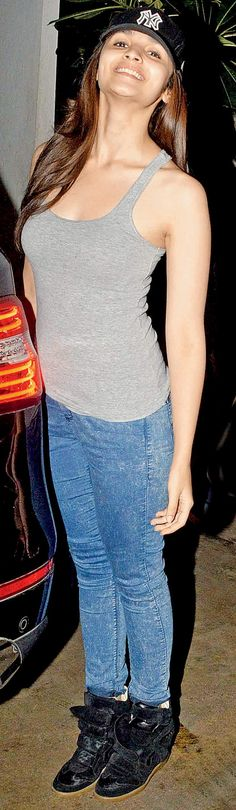 Alia Bhatt in a casual tee and her trademark sneakers. #Style #Bollywood #Fashion #Beauty